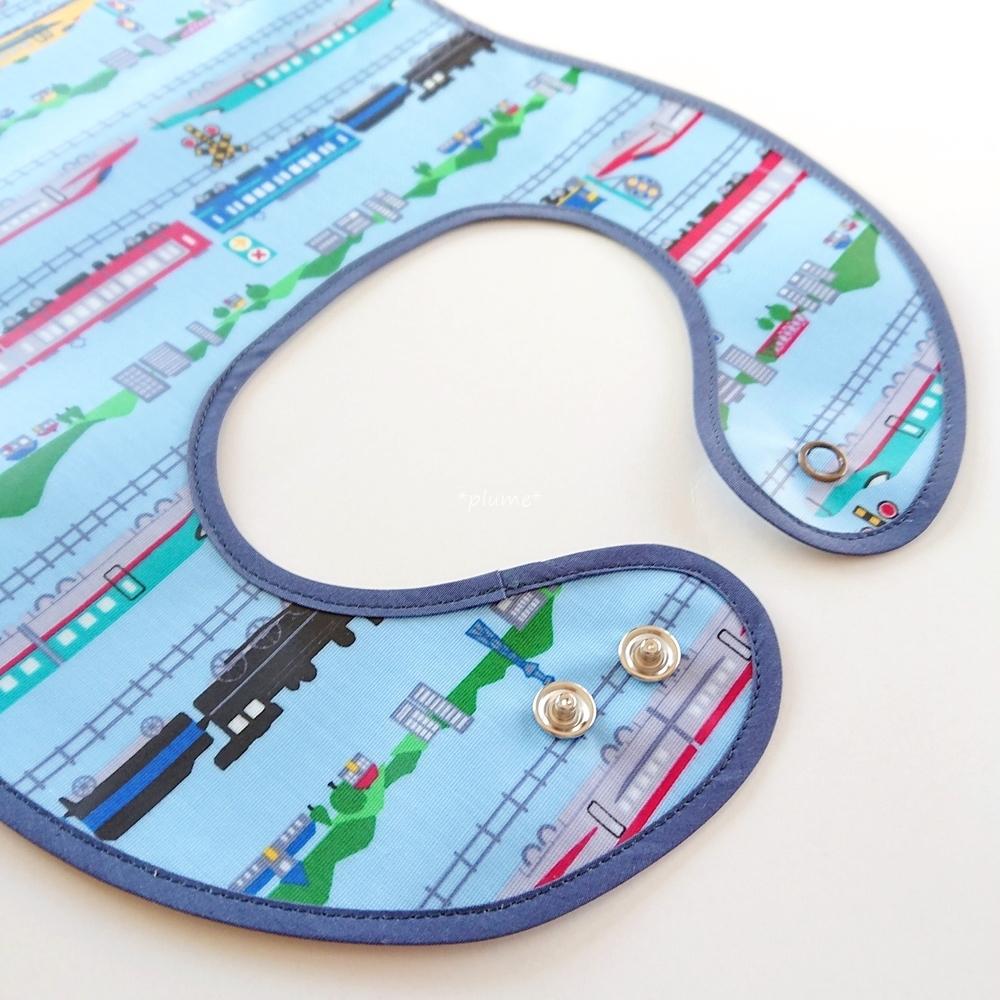 お食事エプロン・離乳食に便利な赤ちゃん用品 電車柄